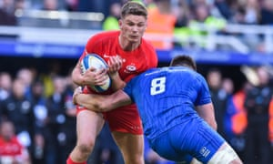England fly-half Owen Farrell will come up against Cipriani in their Premiership semi-final.