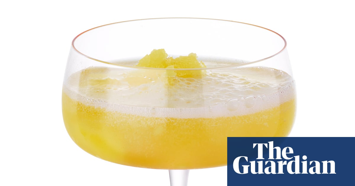 Cocktail of the week: Pali Hill's champagne lassi – recipe