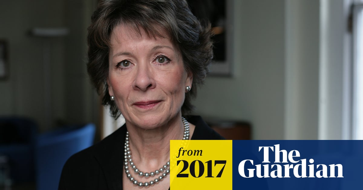 Top obstetrician supports women taking abortion pills at home