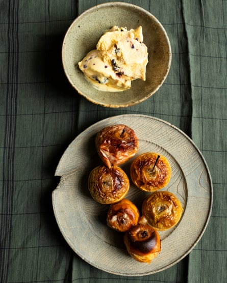 'Use dessert apples for the contrast with the sharpness of the ice-cream': baked apples, blackberry and apple ice-cream.