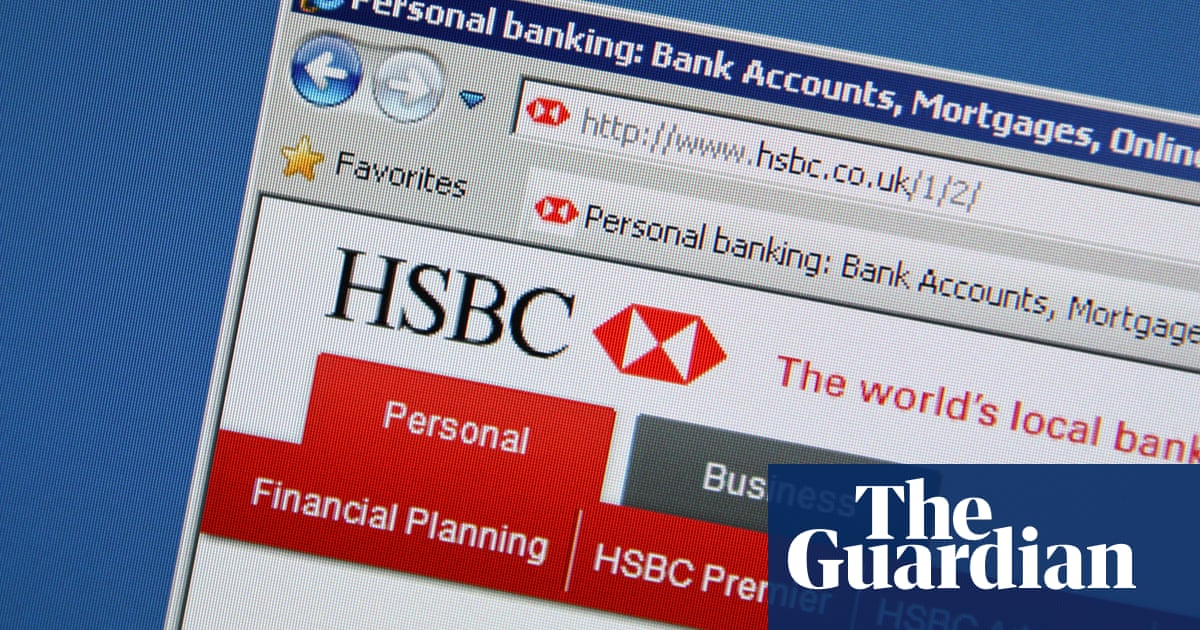 Online banking and gaming services hit by internet outage