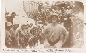 Aden, 28 November 1914. Sports held on HMT A22 Rangatira. 'The wheelbarrow race is being thoroughly enjoyed by everyone on board. Corporal Hose is marked with an X; sergeant Owen Kenneth Stewart is arrowed on right'