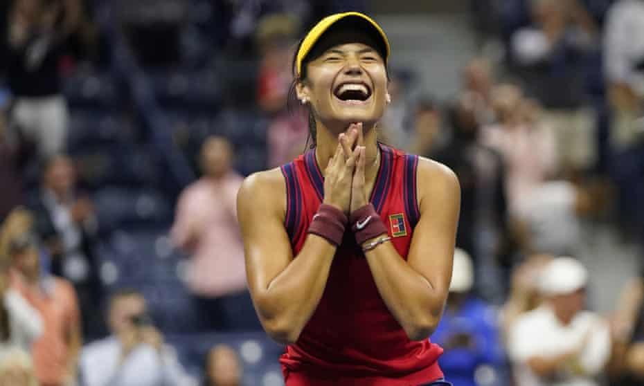 Emma Raducanu of Great Britain reacts after defeating Maria Sakkari of Greece in their US Open semi-final
