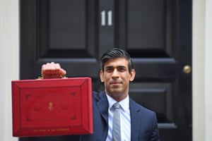 Rishi Sunak posing outside 11 Downing Street with the budget red box this morning.