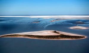 Remotes inland lakes of Australia