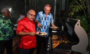 Peter O'Neill and Australia's prime minister Scott Morrison at a barbecue for Pacific Islands leaders at the Australian High Commission