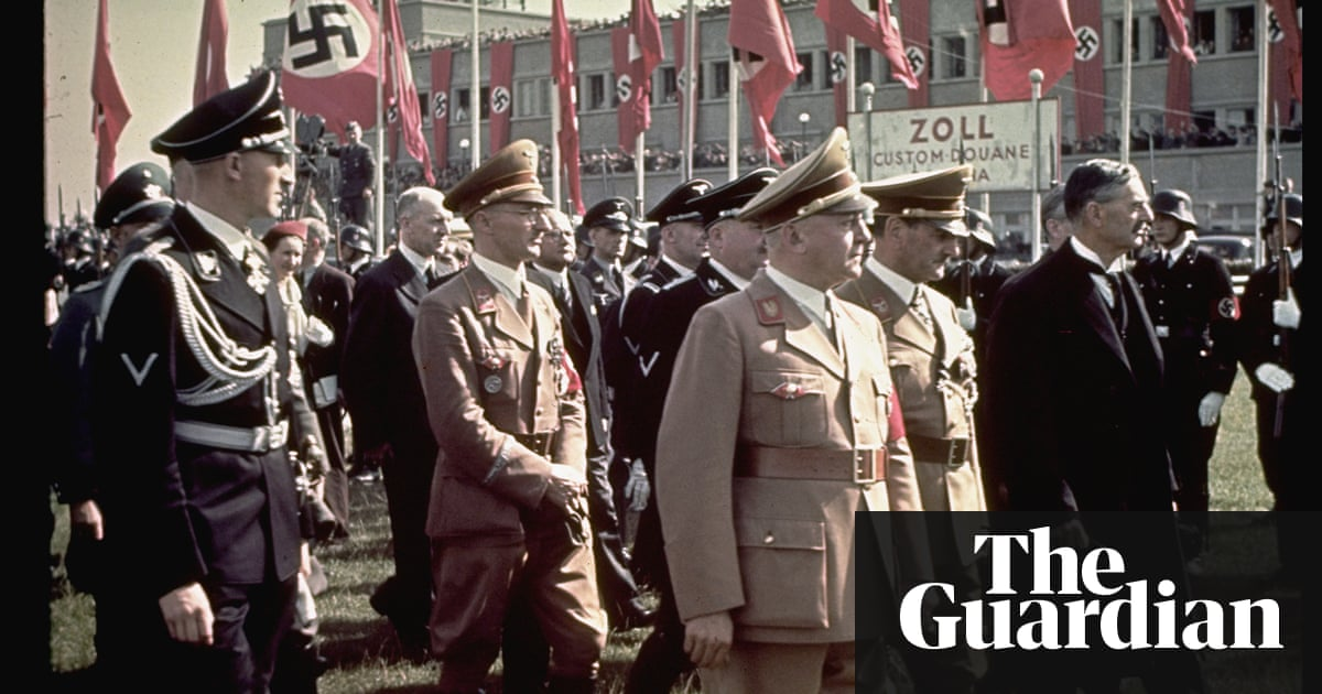 Munich By Robert Harris Review Can Two Old Friends Stop Hitler And