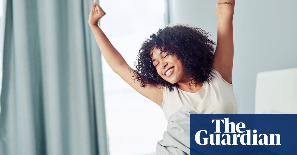 The lark advantage: why naturally early risers are happier than night owls