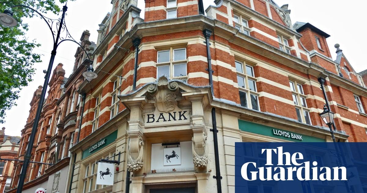 Lloyds Banking Group records £2bn profit after pandemic slump