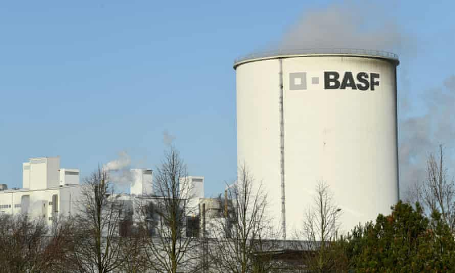A building with BASF written on it.