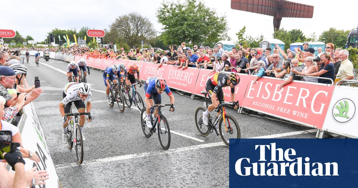 Wout van Aert grabs brutal stage but Tour of Britain set to go to the wire