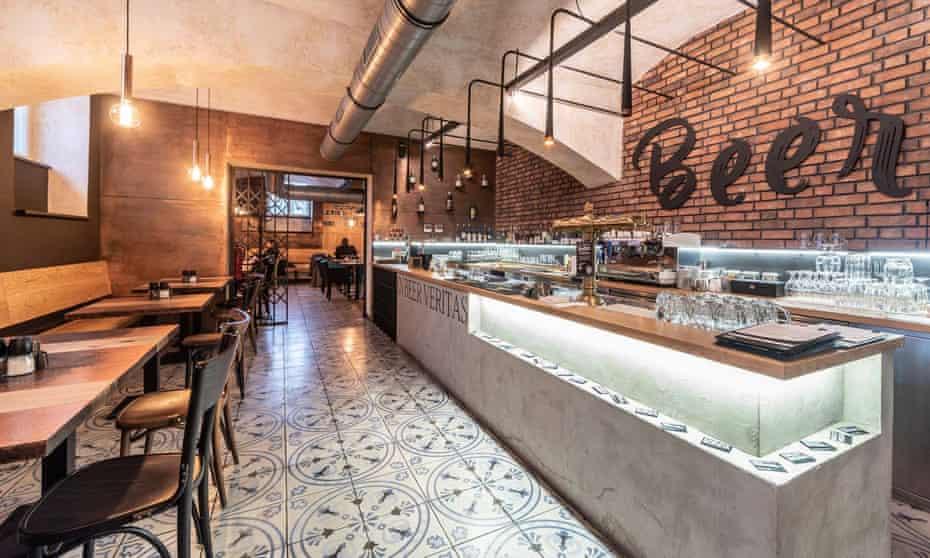 PR IMAGE for Meat Beer, Prague. Restaurant interior.