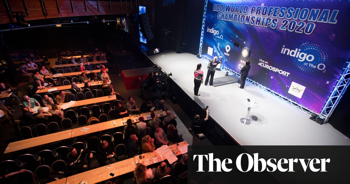BDO world darts championships failing to find their target