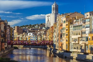Colorful buildings along the banks of the river Onyar, Girona, Spain.