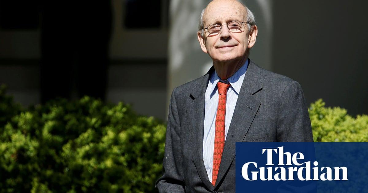 Legal scholars publish letter calling for Stephen Breyer to retire from supreme court