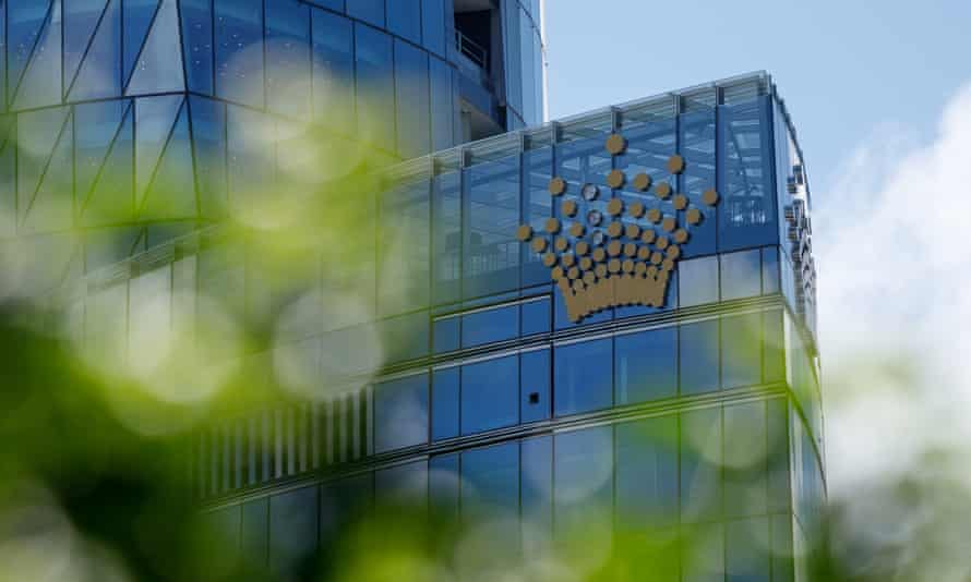 An inquiry into James Packer's Crown Resorts has found the company is not suitable to hold a casino licence at Barangaroo in Sydney, but a report has outlined steps that could make the group suitable again and avoid the licence being revoked.