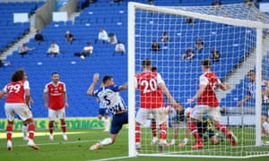 Brighton and Hove Albion's Lewis Dunk forces home the Seagull's equaliser.