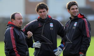 Mauricio Pellegrino, right, with Rafael Benítez, left, and Xavi Valero in 2009 during a spell on Liverpool's coaching staff.