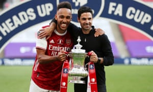 Pierre-Emerick Aubameyang and Mikel Arteta with the FA Cup in August