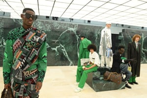 Louis Vuitton : Runway - Paris Fashion Week