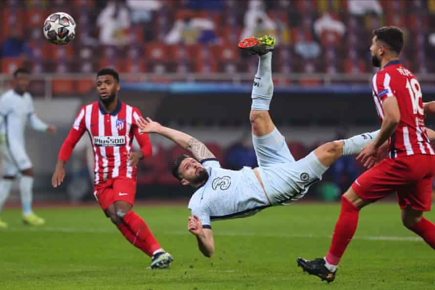Giroud scores with an overhead kick for Chelsea against Atlético Madrid in Bucharest on the way to Champions League glory last season.