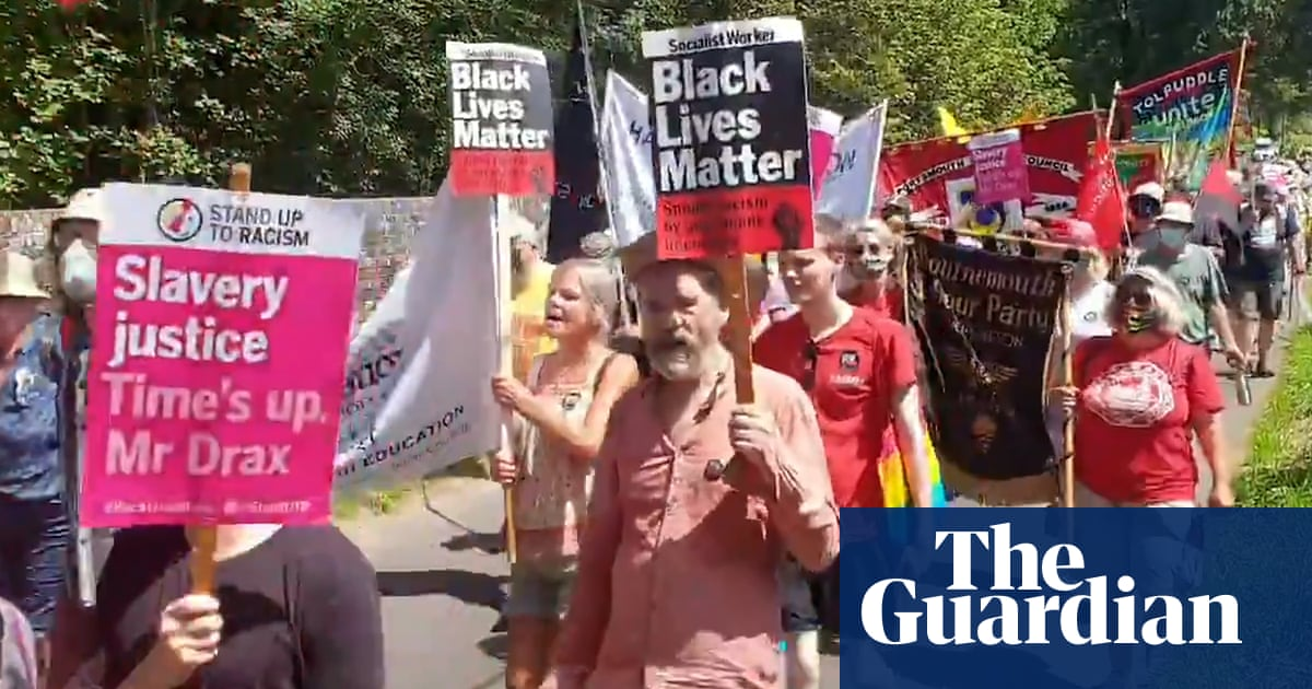 'Give it back': protesters demand Tory MP pays for family's slave trade past – video