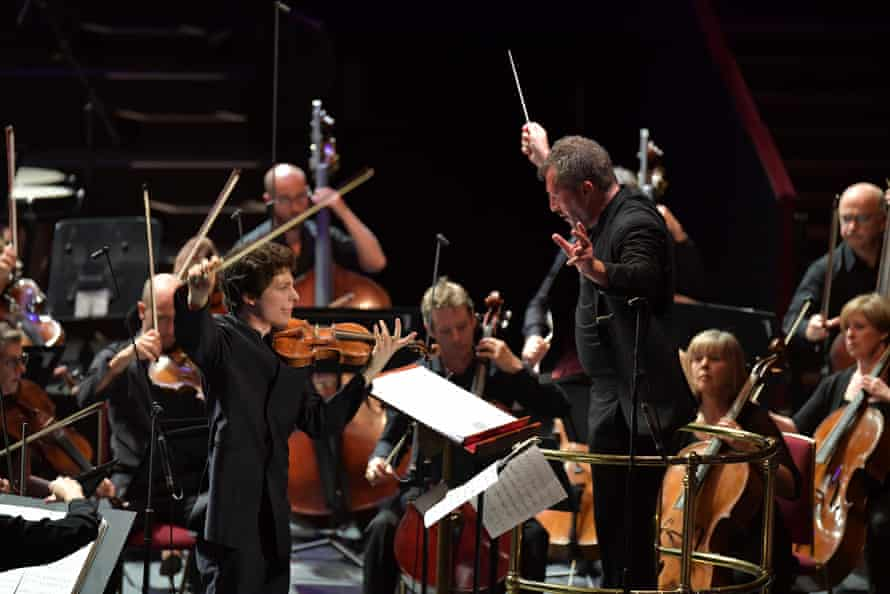 Augustin Hadelich performs Francisco Coll's Four Iberian Miniatures with the Britten Sinfonia, conducted by Thomas Adès.