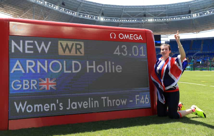 Hollie Arnold celebrates setting a new world record and winning the women's javelin F46 final.