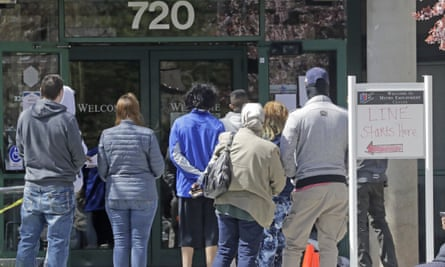 US unemployment applications reach over 26m as states struggle to ...