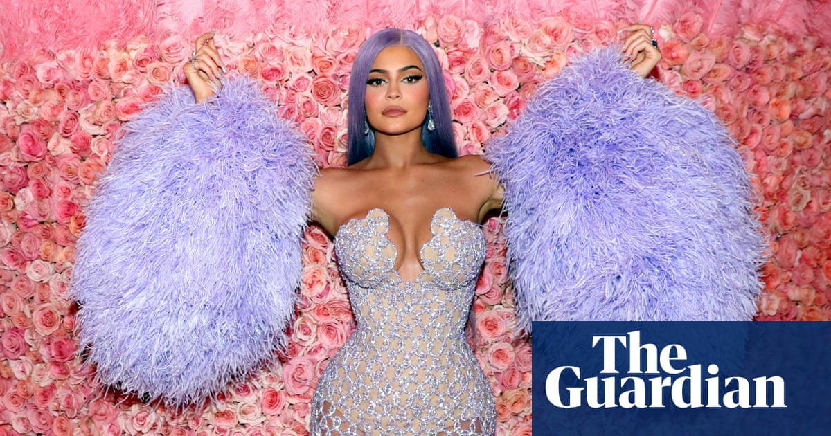Kylie Jenner makes $600m from selling majority share in her beauty company