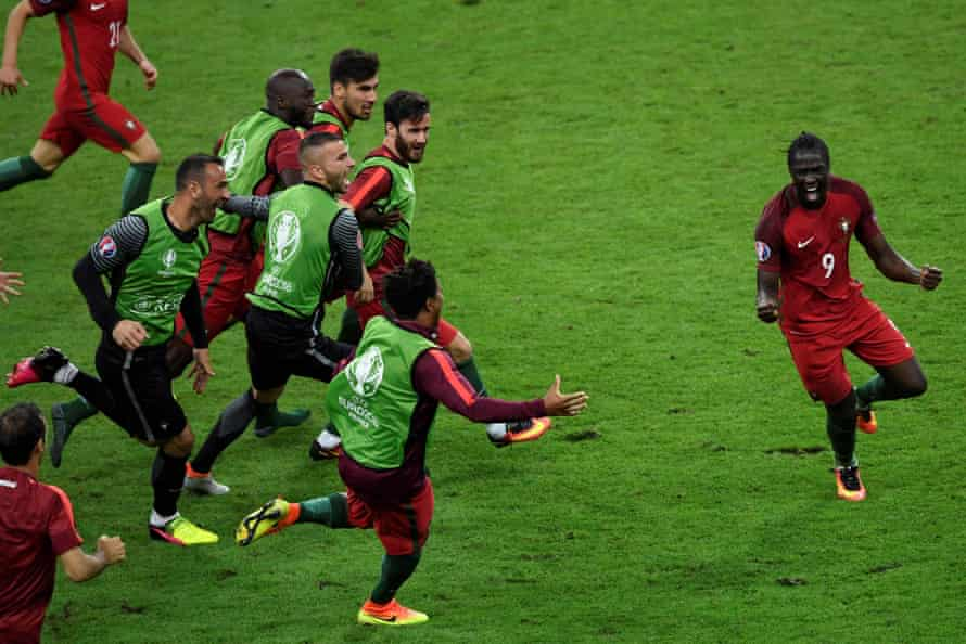 Eder celebrates after scoring in the Euro 2016 final.
