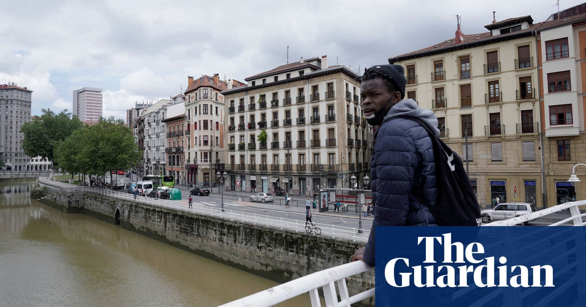 Call for Spain to regularise immigration status of man who twice saved strangers