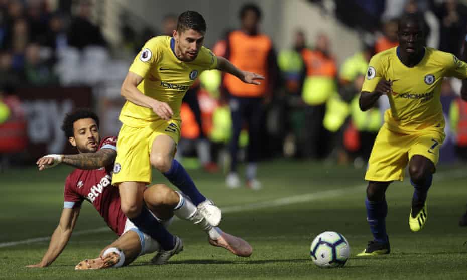Jorginho (centre) broke the Premier League record for completed passes for a Chelsea team that showed little incision.