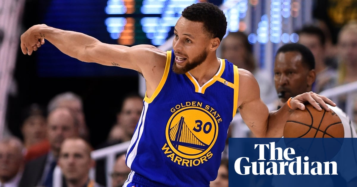 ef780e2709d3 Steph Curry scores 30 as Warriors sweep Jazz to reach conference finals