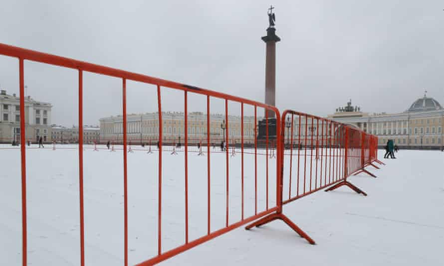 Security barriers are erected in St Petersburg before a rally in support of Alexei Navalny