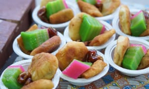 Acehnese cakes and sweets to be consumed at sundown.