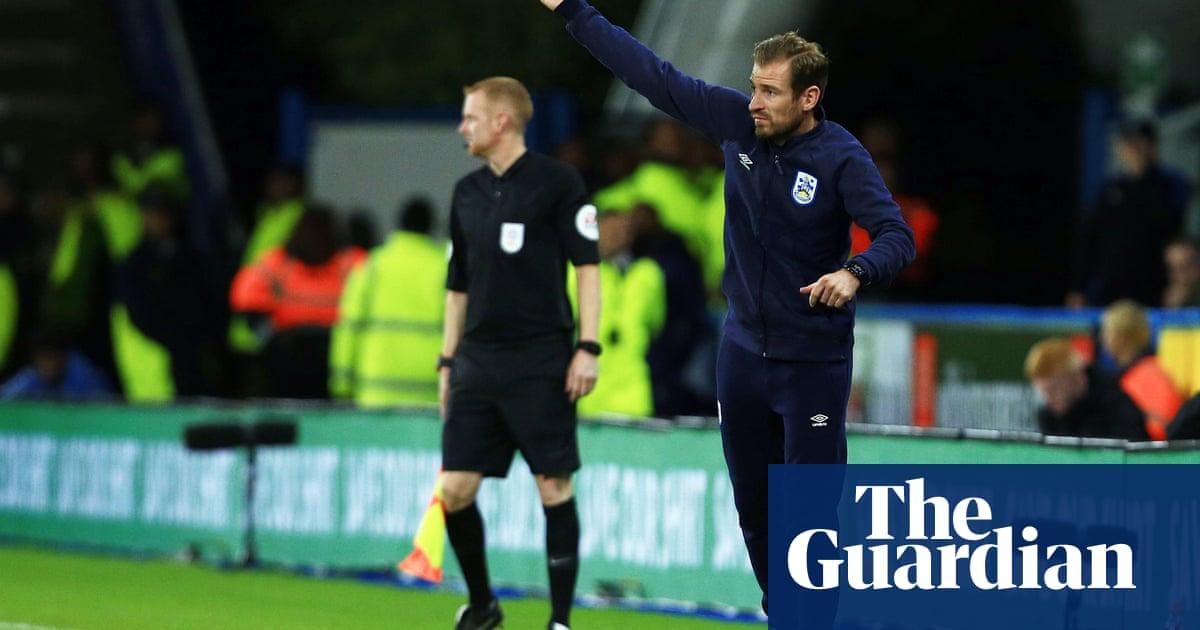 Huddersfield sack coach Jan Siewert after one win in seven months