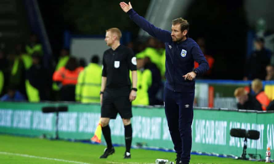 Huddersfield Sack Coach Jan Siewert After One Win In Seven Months Huddersfield The Guardian