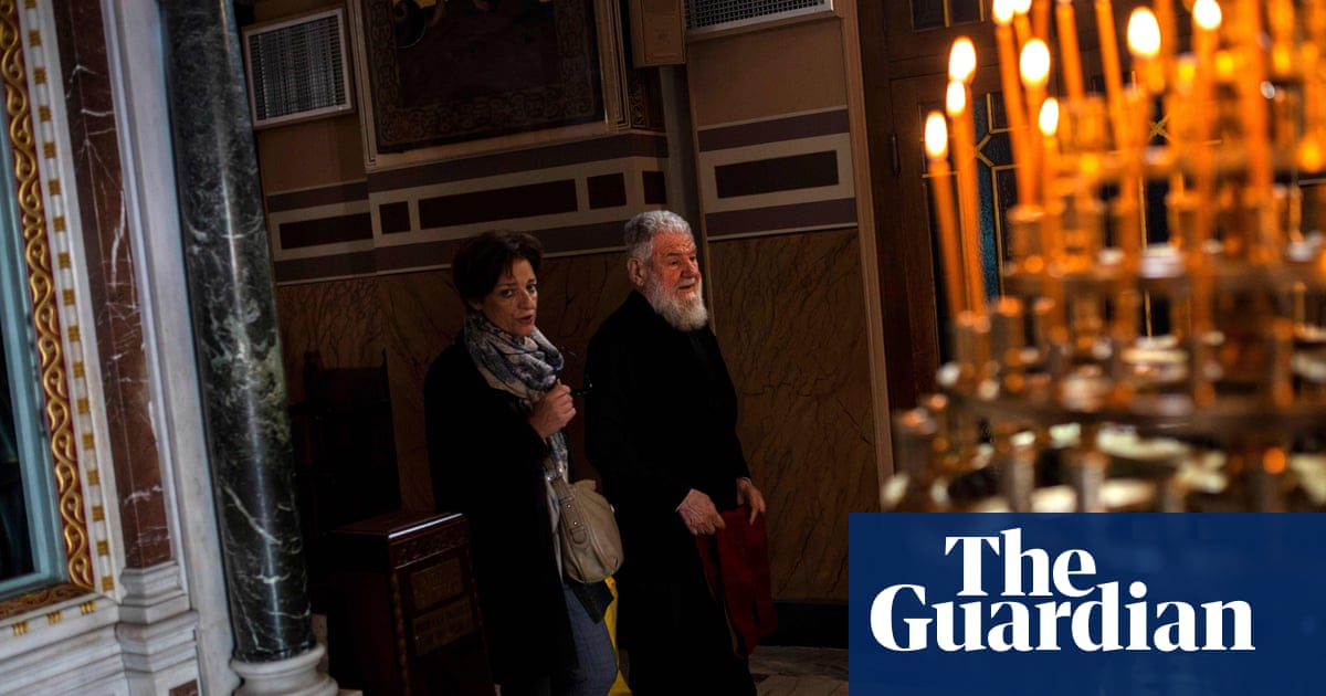 Orthodox priests to be cut from Greek government payroll