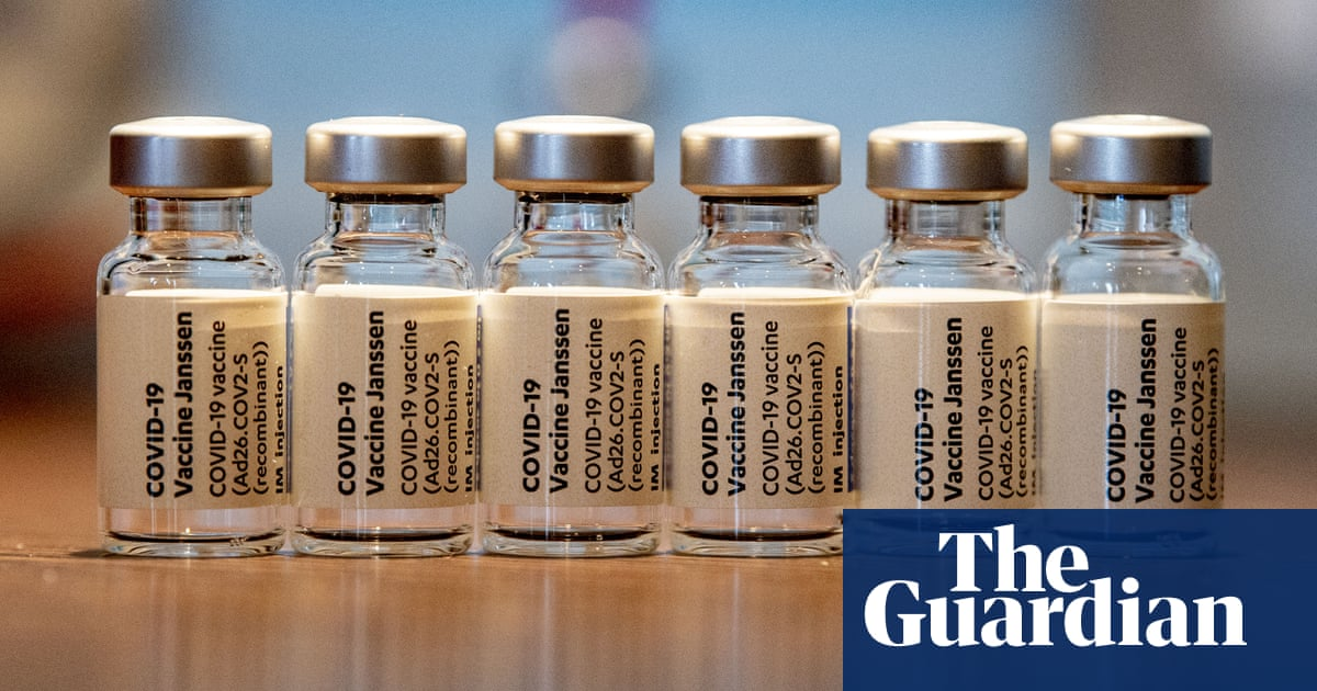 US states resume Johnson & Johnson vaccine in push to end Covid 'nightmare'