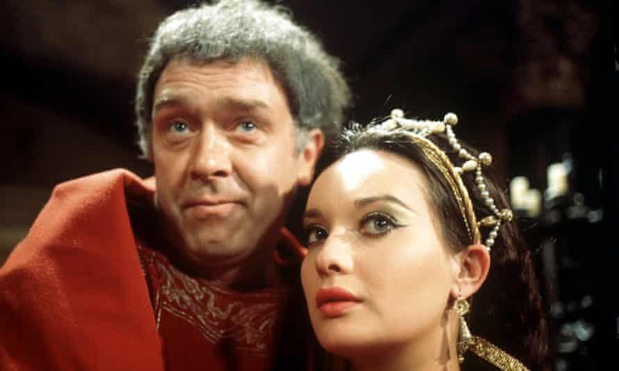Freddie Jones and Nicola Pagett in TV's The Caesars.