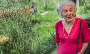Judith Kerr at London zoo in 2016, where she received the BookTrust lifetime achievement award.