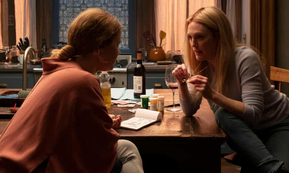 Woman in the Window (2021), from left: Amy Adams as Anna Fox and Julianne Moore as Jane