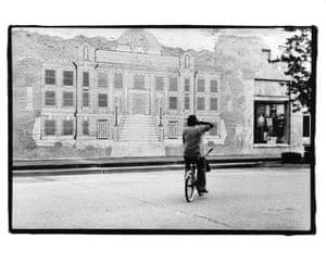 Man on bicycle, Arkansas