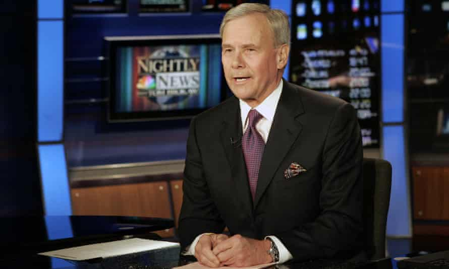 Tom Brokaw delivers his closing remarks during his final appearance as anchor of NBC Nightly News, in 2004.