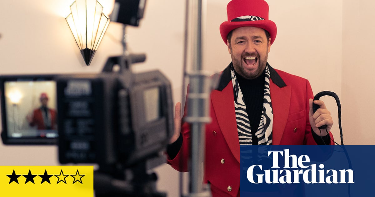 A Killer Party review – Jason Manford hosts cheery, tuneful murder mystery