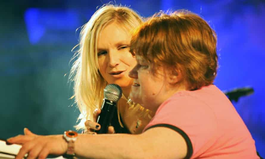 Jo Whiley with her sister Frances