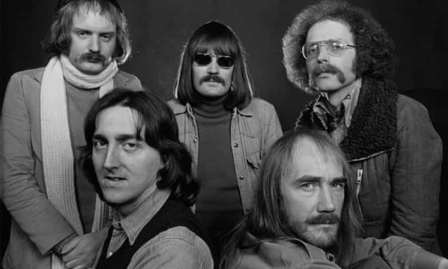 Allan Holdsworth, seated left, with other members of Soft Machine in the mid-1970s