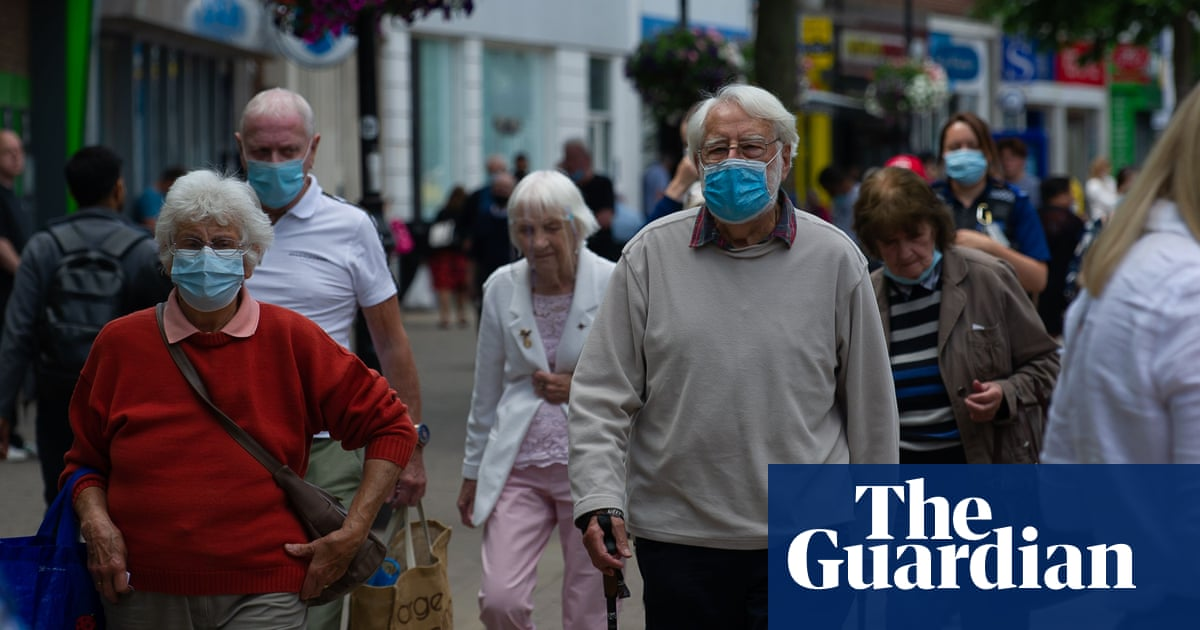95% of British adults still wearing a mask when out, says survey
