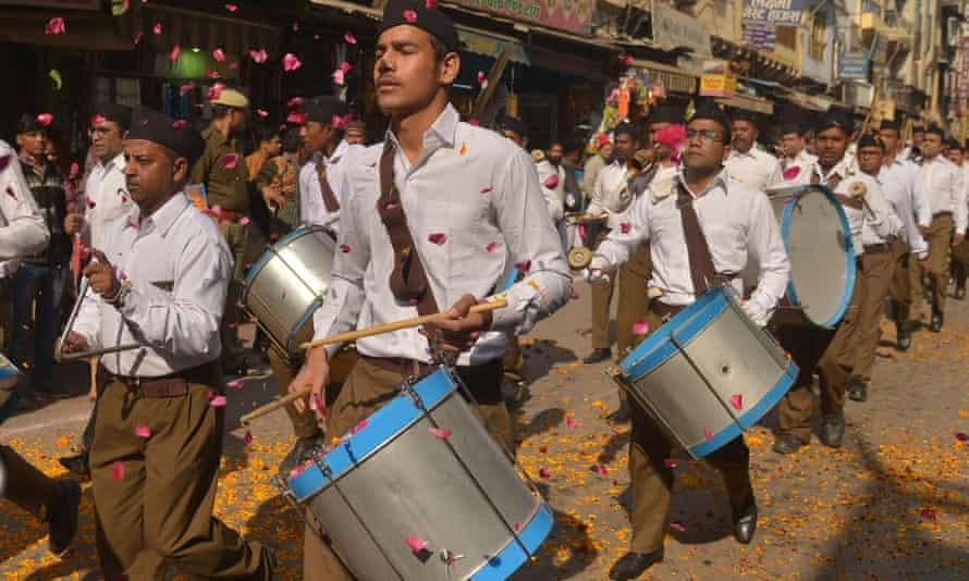 A march by the Rashtriya Swayamsevak Sangh (RSS). .